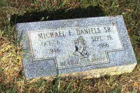 DANIELS, SR., MICHAEL F. - Pulaski County, Arkansas   MICHAEL F. DANIELS, SR. - Arkansas Gravestone Photos
