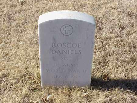 DANIELS (VETERAN WWII), ROSCOE - Pulaski County, Arkansas   ROSCOE DANIELS (VETERAN WWII) - Arkansas Gravestone Photos