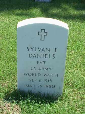 DANIELS (VETERAN WWII), SYLVAN T - Pulaski County, Arkansas | SYLVAN T DANIELS (VETERAN WWII) - Arkansas Gravestone Photos