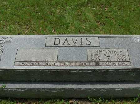 DAVIS, JOHNNIE E - Pulaski County, Arkansas | JOHNNIE E DAVIS - Arkansas Gravestone Photos