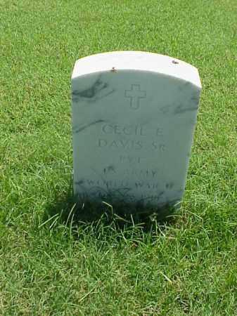 DAVIS, SR (VETERAN WWII), CECIL E - Pulaski County, Arkansas | CECIL E DAVIS, SR (VETERAN WWII) - Arkansas Gravestone Photos