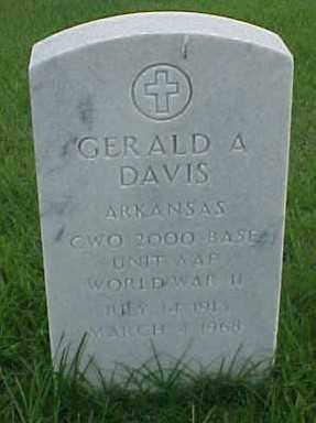 DAVIS (VETERAN WWII), GERALD A - Pulaski County, Arkansas | GERALD A DAVIS (VETERAN WWII) - Arkansas Gravestone Photos
