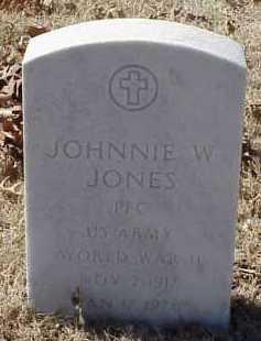 JONES  (VETERAN WWII), JOHNNIE W. - Pulaski County, Arkansas   JOHNNIE W. JONES  (VETERAN WWII) - Arkansas Gravestone Photos