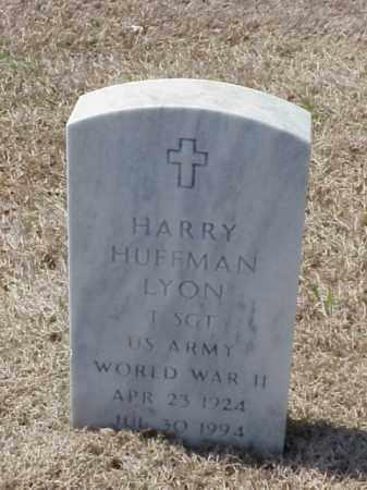 LYON (VETERAN WWII), HARRY HUFFMAN - Pulaski County, Arkansas   HARRY HUFFMAN LYON (VETERAN WWII) - Arkansas Gravestone Photos