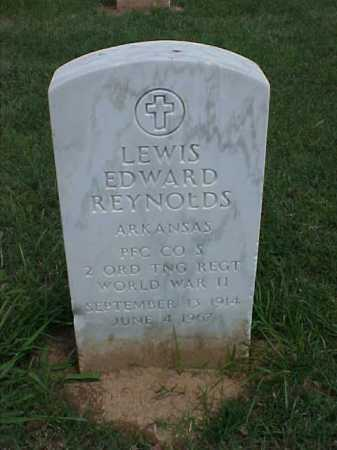 REYNOLDS (VETERAN WWII), LEWIS EDWARD - Pulaski County, Arkansas | LEWIS EDWARD REYNOLDS (VETERAN WWII) - Arkansas Gravestone Photos