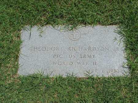 RICHARDSON, JR (VETERAN WWII), THEODORE - Pulaski County, Arkansas | THEODORE RICHARDSON, JR (VETERAN WWII) - Arkansas Gravestone Photos