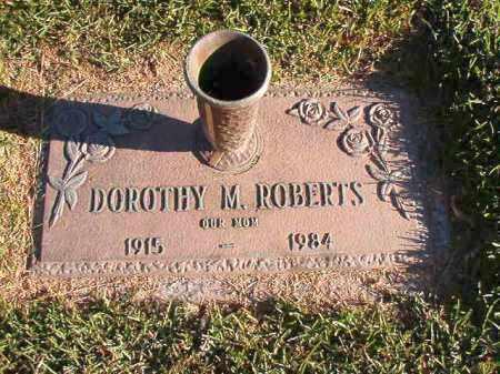 ROBERTS, DOROTHY M - Pulaski County, Arkansas | DOROTHY M ROBERTS - Arkansas Gravestone Photos