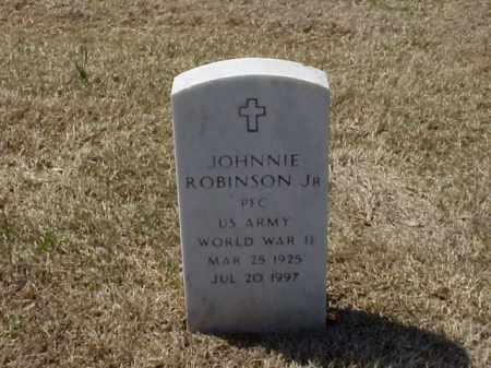 ROBINSON, JR  (VETERAN WWII), JOHNNIE - Pulaski County, Arkansas | JOHNNIE ROBINSON, JR  (VETERAN WWII) - Arkansas Gravestone Photos