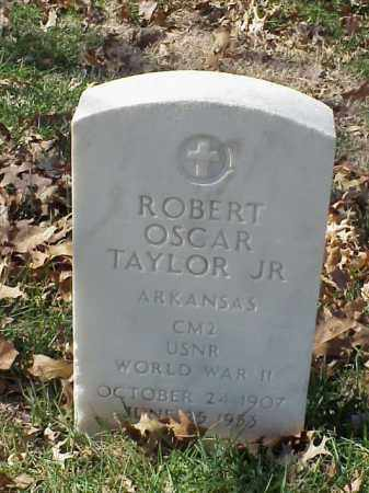 TAYLOR, JR (VETERAN WWII), ROBERT OSCAR - Pulaski County, Arkansas | ROBERT OSCAR TAYLOR, JR (VETERAN WWII) - Arkansas Gravestone Photos