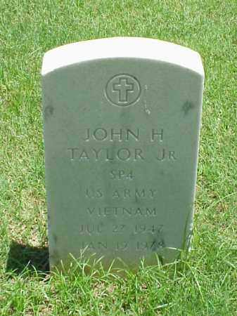 TAYLOR, JR (VETERAN VIET), JOHN H - Pulaski County, Arkansas   JOHN H TAYLOR, JR (VETERAN VIET) - Arkansas Gravestone Photos