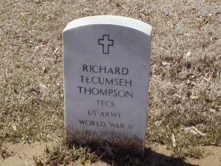 THOMPSON  (VETERAN WWII), RICHARD TECUMSEH - Pulaski County, Arkansas   RICHARD TECUMSEH THOMPSON  (VETERAN WWII) - Arkansas Gravestone Photos