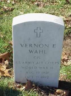 WAHL (VETERAN WWII), VERNON E - Pulaski County, Arkansas | VERNON E WAHL (VETERAN WWII) - Arkansas Gravestone Photos