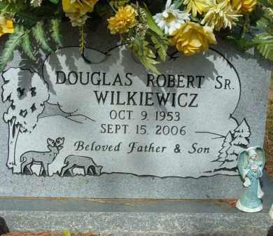 WILKIEWICZ, DOUGLAS ROBERT SR. - Pulaski County, Arkansas   DOUGLAS ROBERT SR. WILKIEWICZ - Arkansas Gravestone Photos