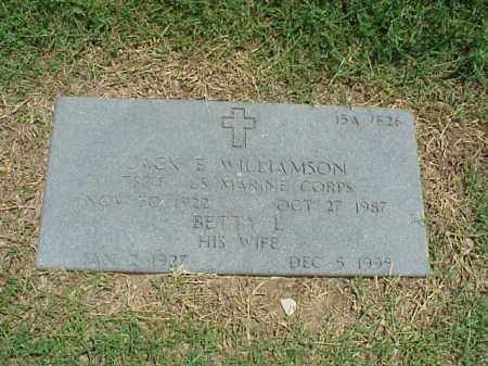 WILLIAMSON, BETTY L - Pulaski County, Arkansas | BETTY L WILLIAMSON - Arkansas Gravestone Photos