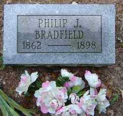 BRADFIELD, PHILIP JEREMIAH - Saline County, Arkansas | PHILIP JEREMIAH BRADFIELD - Arkansas Gravestone Photos