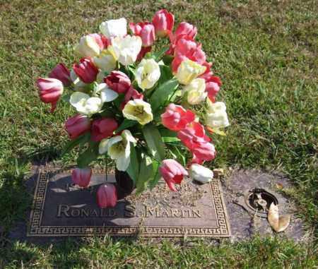 MARTIN, RONALD S. - Saline County, Arkansas | RONALD S. MARTIN - Arkansas Gravestone Photos