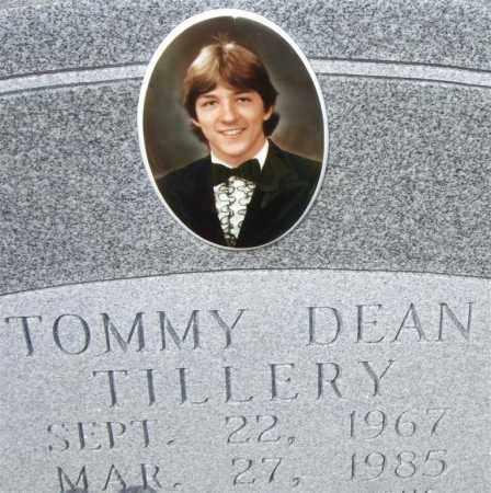 TILLERY, TOMMY DEAN (CLOSEUP) - Saline County, Arkansas | TOMMY DEAN (CLOSEUP) TILLERY - Arkansas Gravestone Photos