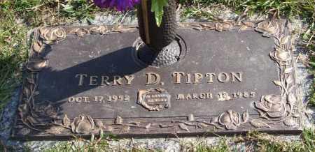 TIPTON, TERRY D. - Saline County, Arkansas   TERRY D. TIPTON - Arkansas Gravestone Photos