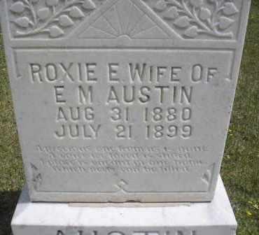 AUSTIN, ROXIE E - Scott County, Arkansas | ROXIE E AUSTIN - Arkansas Gravestone Photos