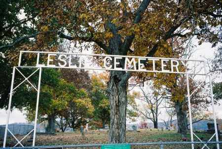 *LESLIE CEMETERY GATE,  - Searcy County, Arkansas |  *LESLIE CEMETERY GATE - Arkansas Gravestone Photos