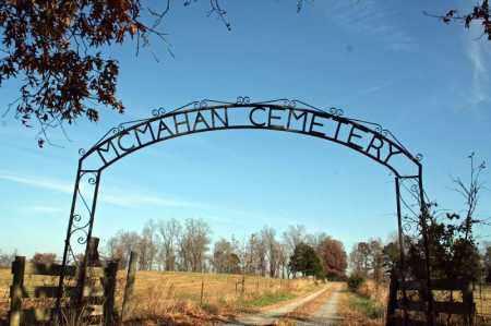*MCMAHAN CEMETERY GATE,  - Searcy County, Arkansas |  *MCMAHAN CEMETERY GATE - Arkansas Gravestone Photos
