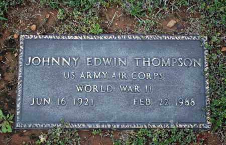 THOMPSON (VETERAN WWII), JOHNNIE EDWIN - Searcy County, Arkansas   JOHNNIE EDWIN THOMPSON (VETERAN WWII) - Arkansas Gravestone Photos
