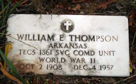 THOMPSON (VETERAN WWII), WILLIAM E - Searcy County, Arkansas | WILLIAM E THOMPSON (VETERAN WWII) - Arkansas Gravestone Photos