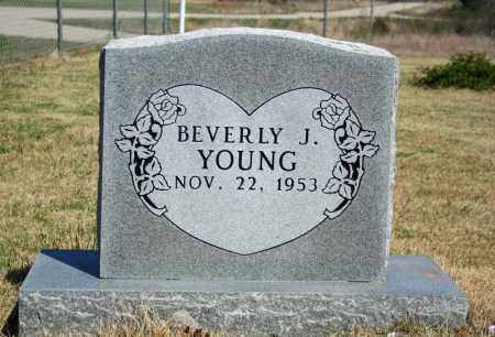 YOUNG, BEVERLY J. - Searcy County, Arkansas   BEVERLY J. YOUNG - Arkansas Gravestone Photos