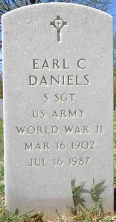 DANIELS (VETERAN WWII), EARL C - Sebastian County, Arkansas | EARL C DANIELS (VETERAN WWII) - Arkansas Gravestone Photos