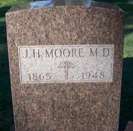 MOORE, DR., J. H. - Sebastian County, Arkansas | J. H. MOORE, DR. - Arkansas Gravestone Photos