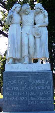 REYNOLDS (VETERAN CSA), JAMES E (CLOSE UP) - Sebastian County, Arkansas   JAMES E (CLOSE UP) REYNOLDS (VETERAN CSA) - Arkansas Gravestone Photos