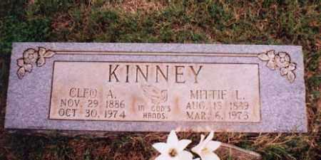 DAVIS KINNEY, MITTIE LADASCO - Sharp County, Arkansas | MITTIE LADASCO DAVIS KINNEY - Arkansas Gravestone Photos