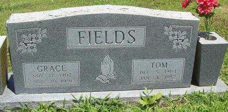 "FIELDS, JAMES THOMAS ""TOM"" - Washington County, Arkansas | JAMES THOMAS ""TOM"" FIELDS - Arkansas Gravestone Photos"