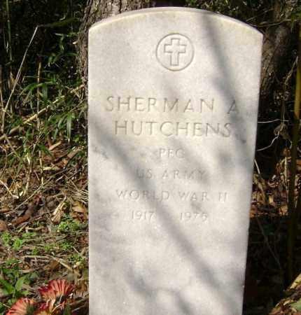 HUTCHENS  (VETERAN WWII), SHERMAN A. - Washington County, Arkansas | SHERMAN A. HUTCHENS  (VETERAN WWII) - Arkansas Gravestone Photos