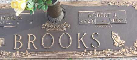 BROOKS (VETERAN WWII), ROBERT J - White County, Arkansas | ROBERT J BROOKS (VETERAN WWII) - Arkansas Gravestone Photos