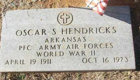 HENDRICKS (VETERAN WWII), OSCAR S - White County, Arkansas   OSCAR S HENDRICKS (VETERAN WWII) - Arkansas Gravestone Photos