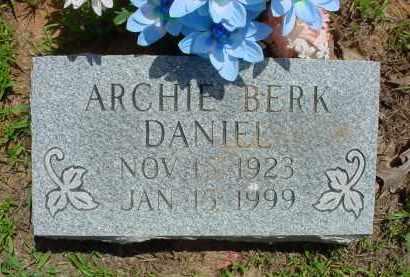 DANIEL, ARCHIE BERK - Baxter County, Arkansas   ARCHIE BERK DANIEL - Arkansas Gravestone Photos