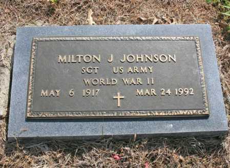 JOHNSON (VETERAN WWII), MILTON J - Benton County, Arkansas | MILTON J JOHNSON (VETERAN WWII) - Arkansas Gravestone Photos