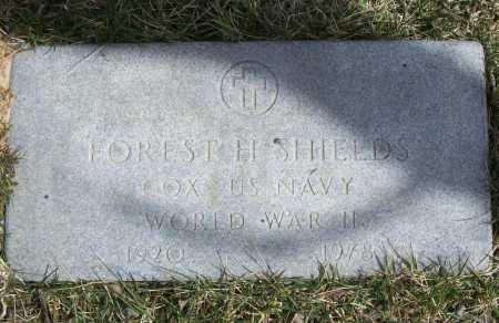 SHIELDS (VETERAN WWII), FOREST H. - Benton County, Arkansas | FOREST H. SHIELDS (VETERAN WWII) - Arkansas Gravestone Photos