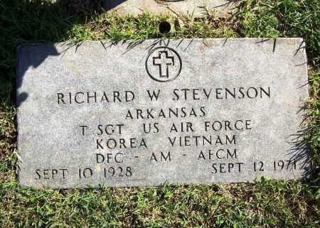 STEVENSON (VETERAN 2 WARS), RICHARD W - Benton County, Arkansas | RICHARD W STEVENSON (VETERAN 2 WARS) - Arkansas Gravestone Photos