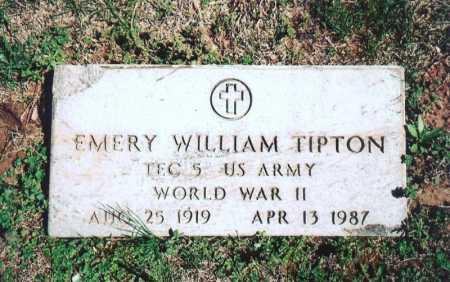 TIPTON (VETERAN WWII), EMERY WILLIAM - Benton County, Arkansas | EMERY WILLIAM TIPTON (VETERAN WWII) - Arkansas Gravestone Photos