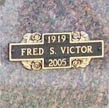 VICTOR, JR. (VETERAN WWII), FREDRICK S) - Benton County, Arkansas   FREDRICK S) VICTOR, JR. (VETERAN WWII) - Arkansas Gravestone Photos