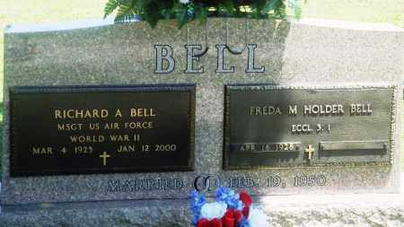 BELL (VETERAN WWII), RICHARD A - Boone County, Arkansas | RICHARD A BELL (VETERAN WWII) - Arkansas Gravestone Photos