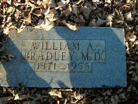 BRADLEY, WILLIAM A. (DOCTOR) - Boone County, Arkansas | WILLIAM A. (DOCTOR) BRADLEY - Arkansas Gravestone Photos