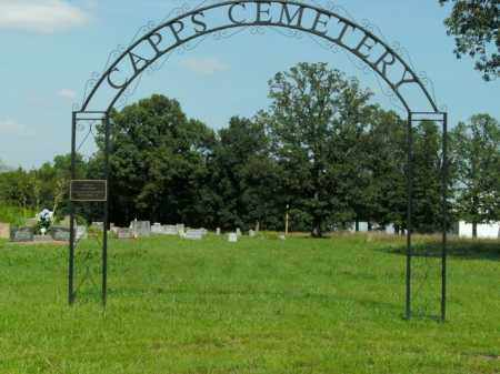 *CAPPS CEMETERY ENTRANCE,  - Boone County, Arkansas |  *CAPPS CEMETERY ENTRANCE - Arkansas Gravestone Photos
