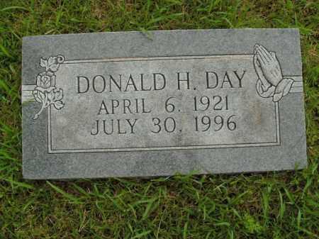 DAY, DONALD H. - Boone County, Arkansas   DONALD H. DAY - Arkansas Gravestone Photos