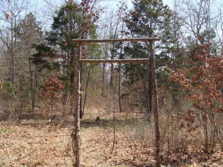 *DEREBERY CEMETERY ENTRANCE,  - Boone County, Arkansas |  *DEREBERY CEMETERY ENTRANCE - Arkansas Gravestone Photos