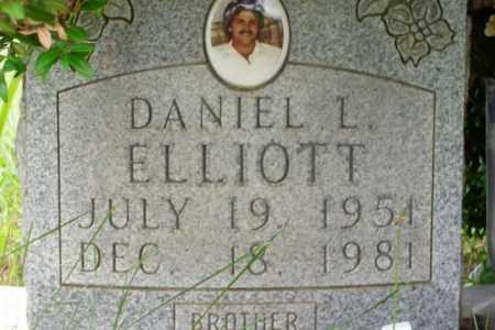 ELLIOTT, DANIEL L. - Boone County, Arkansas | DANIEL L. ELLIOTT - Arkansas Gravestone Photos