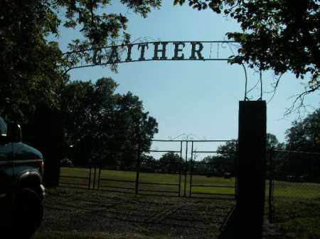 *GAITHER  CEMETERY ENTRANCE,  - Boone County, Arkansas |  *GAITHER  CEMETERY ENTRANCE - Arkansas Gravestone Photos