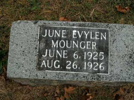 MOUNGER, JUNE EVYLEN - Boone County, Arkansas | JUNE EVYLEN MOUNGER - Arkansas Gravestone Photos
